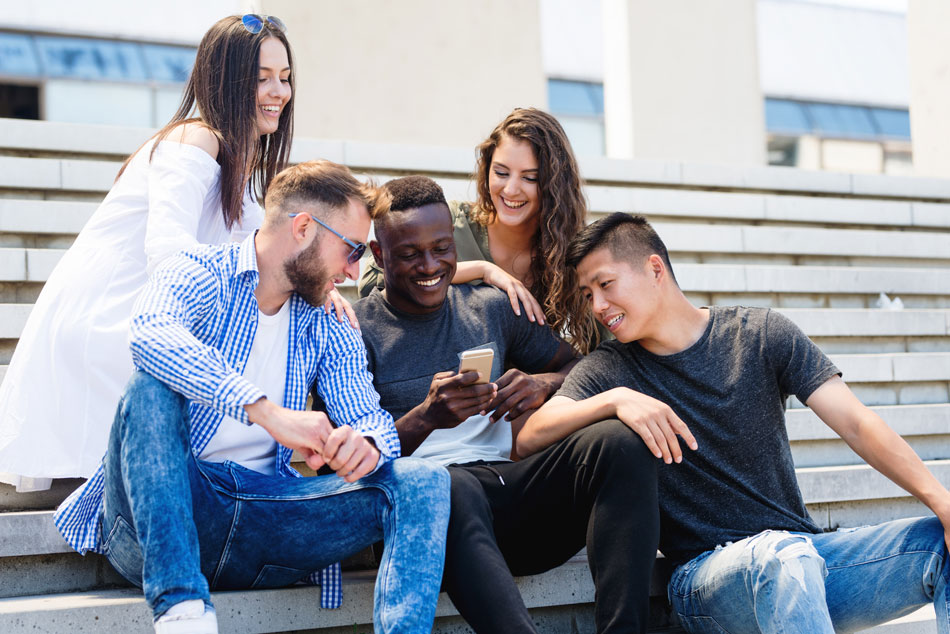 Group of friends enjoying life with no contact problems